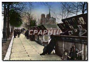 Old Postcard Paris while strolling the booksellers of the Quai de la Tournelle