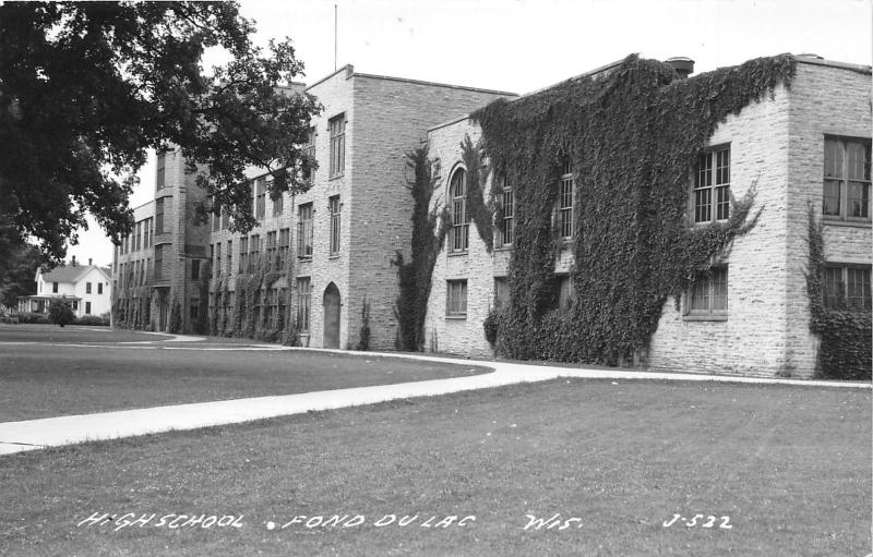 Fond du Lac Wisconsin~High School Building~Ivy Along Walls~1940s RPPC