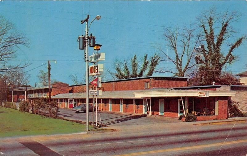 Florence South Carolina~Sexton's Uptown Motel~Car by Telephone Booth~1970s Pc