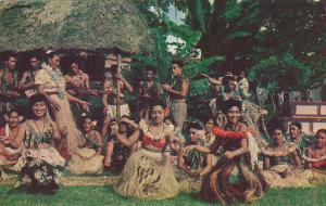 Samoan Dancers Posing For Picture Samoa