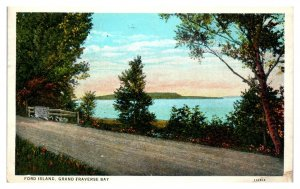1929 Ford Island, Grand Traverse Bay, MI Postcard *5N(3)26