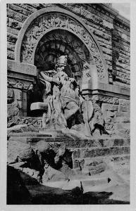 Barbarossa Denkmal an der Kyffhaeuser Monument Statue