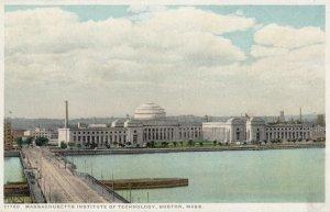 BOSTON , Mass. 00-10s ; M.I.T.