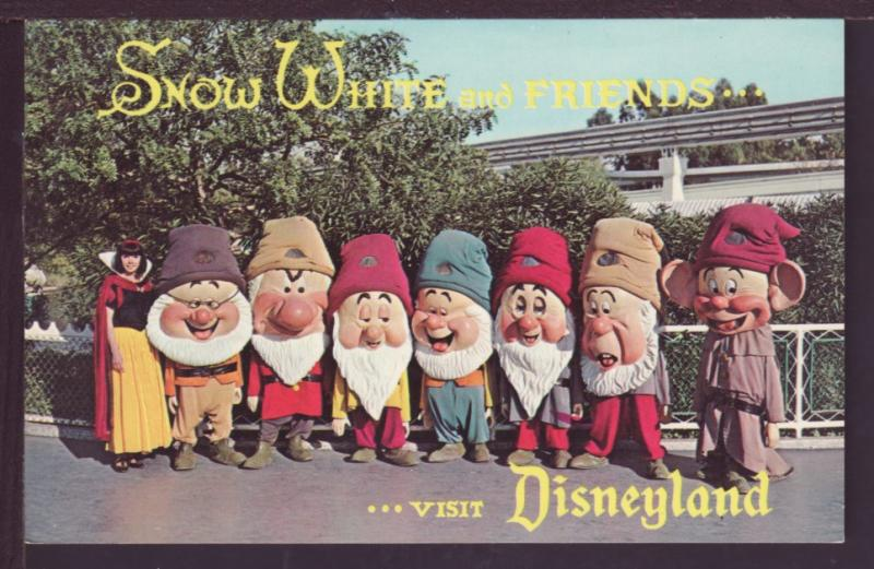 Snow White and Dwarves Disneyland Post Card 2591