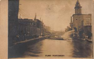 UNIDENTFIED LOCATION OF CANAL W/ PEOPLE AND BLDGS-1905-1908 RPPC REAL PHOTO P.C