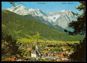 Garmisch-Partenkirchen gegen Zugspitzgruppe