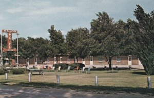 LAUREL, Nebraska, 1950-1960's; Major Motel