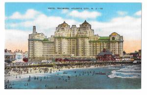 Hotel Traymore Atlantic City NJ Beach Bathers Vintage E C Kropp Linen Postcard