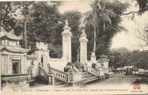CPA Vietnam Indochine ANNAM Than-Hoa - Pagode, près de Binh-Son (61586)