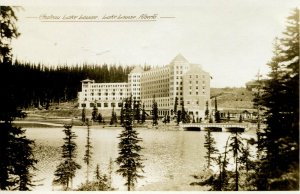 Postcard RPPC CHATEAU LAKE LOUISE Alberta Canada view from lake  hf914