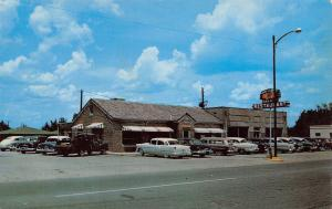 Sylacauga AL Station Wagon & Early 1950s Cars @ Old Hickory Barbecue Restaurant
