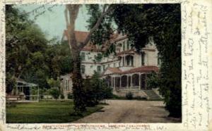Main Entrance, Hotel Vendome