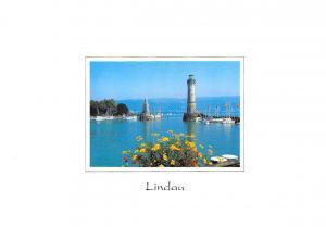 Lindau im Bodensee hafeneinfahrt mit Leuchtturm u. Bayer Loewe Lighthouse Boats