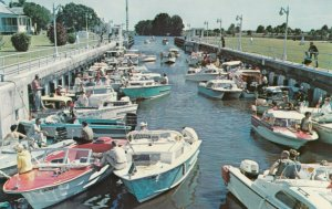 KISSIMMEE , Florida, 1950-60s ; Boat-a-Cade