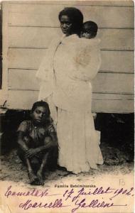 CPA Famille Betsimisaraka. MADAGASCAR (626180)