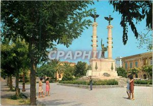 Postcard Modern Milazzo Piazzale Roma and the War Memorial