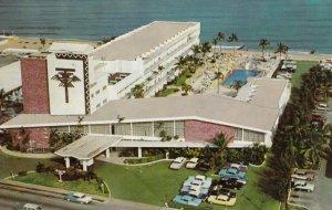 MIAMI BEACH , Florida , 1950-60s ; THUNDERBIRD Resort Motel