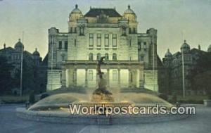 British Columbia, Canada Parliament Buildings & Centennial Fountain Victoria ...