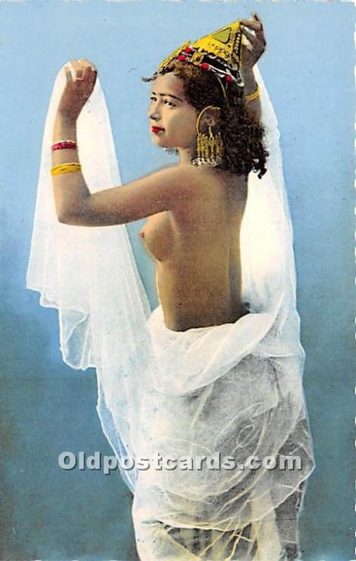 Scenes & Types d'Afrique du Nord Donseuse au voile Arab Nude Unused