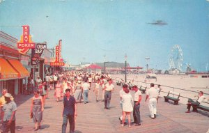 LPN19 Wildwood-by-the-Sea New Jersey Postcard Boardwalk Beach View