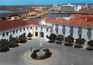 Portugal Faro, Largo da Se Vista Panoramica Statue Boats Bateaux