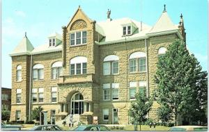 Postcard MO Kirsksville Adair County Courthouse R56