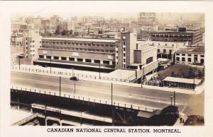 RP: MONTREAL , Quebec , Canada , 30-40s ; Canadian National Central Station
