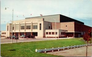 Kitchener Memorial Auditorium Kitchener Ontario ON Unused Vintage Postcard E15