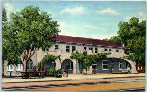 Belen, New Mexico Postcard SANTA FE READING ROOM Street View Linen c1940s