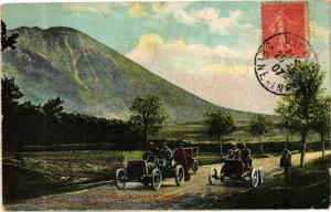 CPA  Auvergne - Le Puy-de-Dome et la Plaine de ...   (244574)
