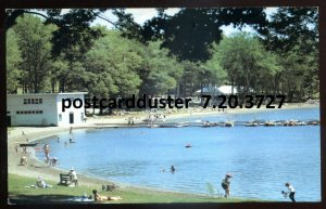3727 - MIDLAND Ontario Postcard 1960s Little Lake Park