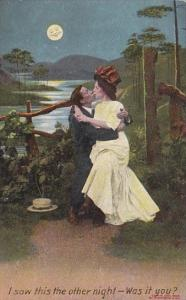 Romantic Couple Kissing I Saw This The Other Night Bamforth Series 1111