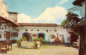 Mexico Plaza de los Gallos Taxco Statue 1972