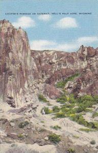 Lucifer's Passage or Gateway, Hell's Half Acre, Wyoming,  PU-30-40s