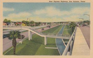 SAN ANTONIO, Texas, 30-40s ; New Express Hoghway