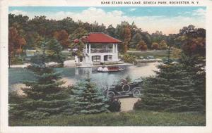 Old Auto at Lake in Seneca Park - Rochester NY, New York - pm 1934 - WB