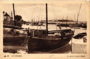 CPA  Le Croisic - Le port á marée haute    (588022)