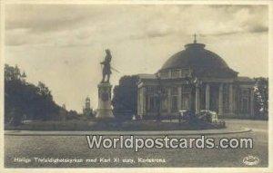 Heliga Trefaldighetskyrkan med Karl XI staty, Karlskrona Sweden 1934 Missing ...
