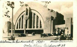 Automobiles Cincinnati Ohio Union Railroad Depot 1939 Photo Postcard 20-2888