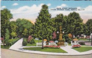 Illinois Peoria Main Street Entrance Laura Bradley Park