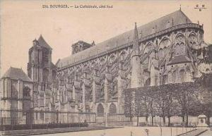 France Bourges La Cathedrale cote Sud