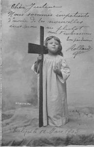 Child Enfant Cross croix, crucifixion, C. Clayette Phot 1903