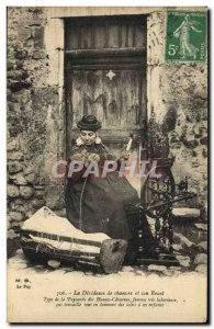 Postcard Folklore Old Lace Dentelliere Hemp spooler and her spinning wheel ty...