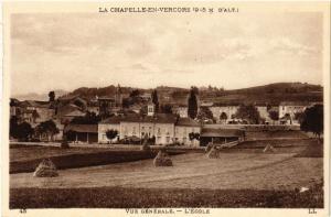 CPA  La Chapelle-en-Vercors (9.5 m. d'Alt) - Vue générale -L'École    (350367)