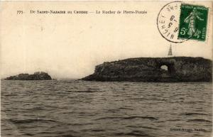 CPA  De Saint-Nazaire au Croisic - Le Rocher de Pierre-Percée   (588112)