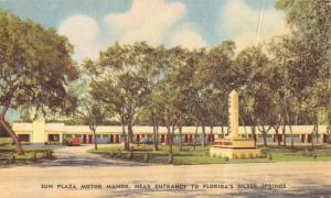Silver Springs Florida Sun Plaza Motor Manor Street View Antique Postcard K52411