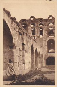 El Djem Dans le Colisee
