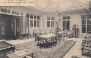 PARIS , France , 1900-10s ; Hotel Burgundy , Interior