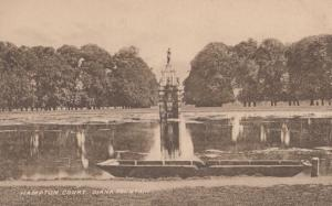 Hampton Court Diana Fountain Reflection On Rippling Water By Boat Old Postcard