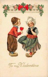 LP15  Valentine's Day Winsch   Postcard Dutch Children Heart